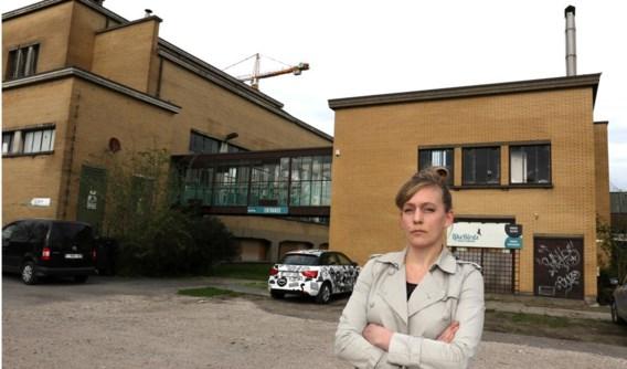 Architecte Julie D'Aubioul startte de petitie op om de sloop van het gebouw tegen te gaan.