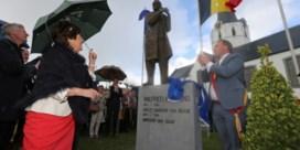 Standbeeld en plein voor Wilfried Martens
