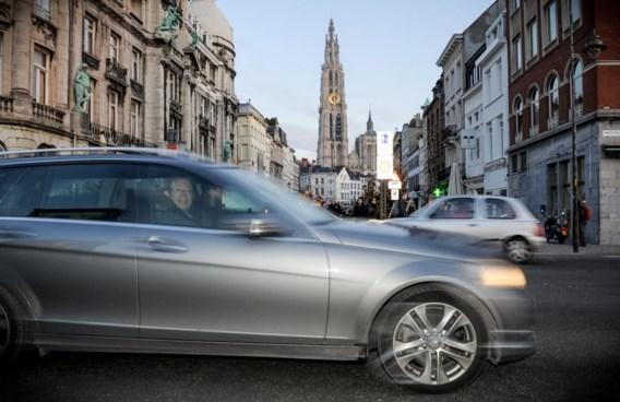 Antwerpen maakt zich sterk dat de invoeringsdatum van de lage-emissiezone, 1 februari 2017, toch wordt gehaald.
