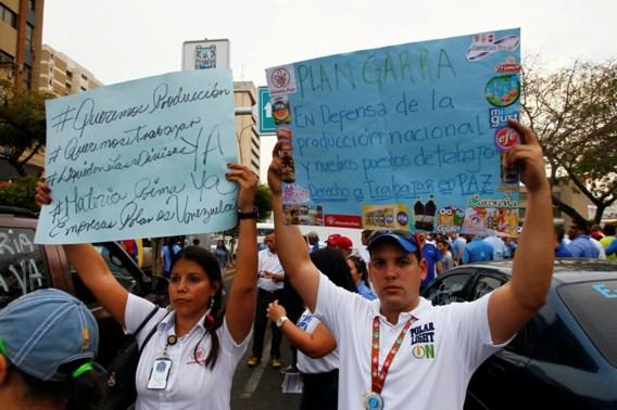 Venezuela morrelt nu ook aan de klok