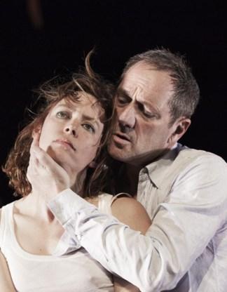 Maria Kraakman en Gijs Scholten van Aschat in een regie van Luk Perceval.