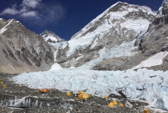 Everest opnieuw beklommen na tragedies
