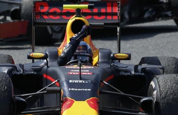 18-jarige Max Verstappen stunt en wint GP van Spanje