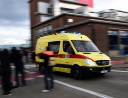 Helft van oproepen hulpdiensten mislukt tijdens piekmomenten
