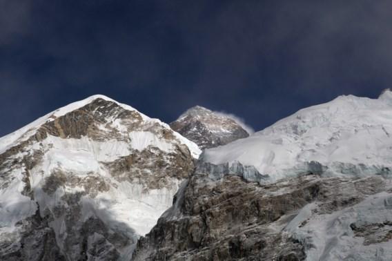 Nederlandse bergbeklimmer bereikt top en sterft op Mount Everest