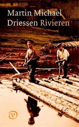 Een vlotter aan het werk op de rivier: Martin Michael Driessen situeert een liefdesverhaal in die wereld.