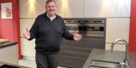Dovy maakt uw keuken, maar alleen met jonge mensen
