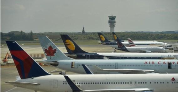 Negen burgemeesters van de Rand vragen een eerlijk spreiding van de vliegbewegingen.'Helaas blijven de regeringen Oost-Indisch doof.'