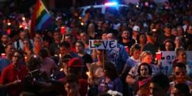 Tienduizenden mensen wonen herdenkingsplechtigheid bij in Orlando