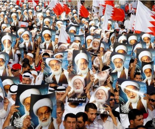 Straatprotest in Budaiya tegen het sanctioneren van ayatollah Isa Qassim.
