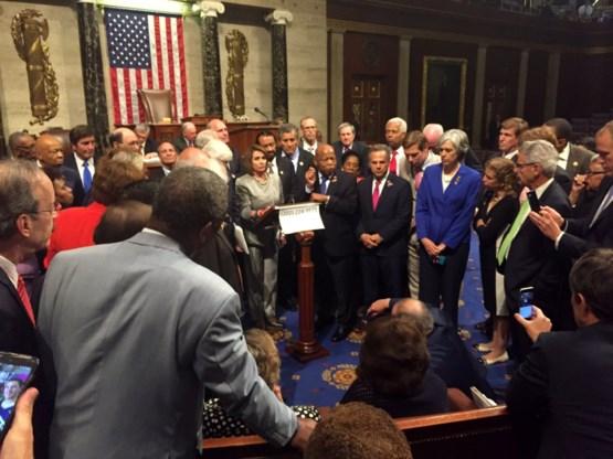 Democraten beëindigen sit-in in Huis van Afgevaardigden