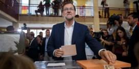 Conservatieven van premier Rajoy blijven grootste partij van Spanje