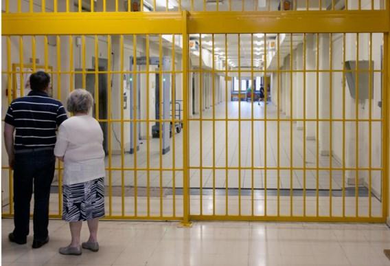 Filiep en zijn moeder Frieda zijn na afloop van het bezoek danig onder de indruk. 'Ik vind dat een gevangenisbezoek verplichte kost zou moeten zijn voor iedereen.'