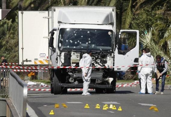 Bouhlel huurde een koelwagen van 19 ton op 11 juli, bracht hem niet terug maar parkeerde hem op een strategische plaats in Nice.