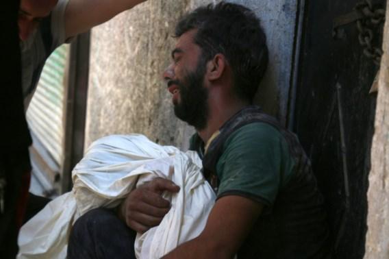 """""""Minstens 25 burgers omgekomen bij luchtaanvallen op Aleppo"""""""