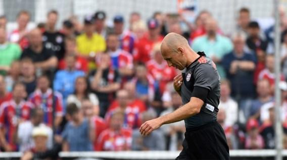 Arjen Robben maakt rentree maar... valt geblesseerd uit