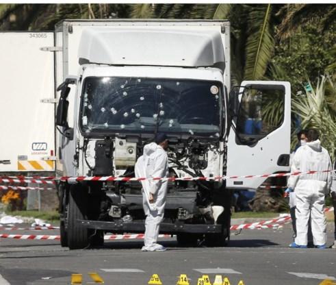 'Nog geen link gevonden tussen moordenaar van Nice en terreurgroepen'