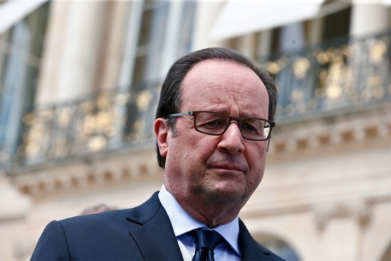 President Hollande kondigt oprichting Nationale Garde aan