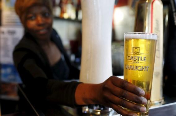 Castle Lager is een van de biersoorten van SABMiller, die in Zuid-Afrika getapt wordt.