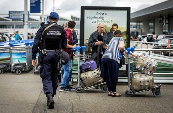 Hinder door extra veiligheidscontroles op Schiphol