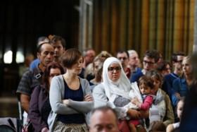 Franse moslims betuigen solidariteit met slachtoffers aanval op Franse kerk