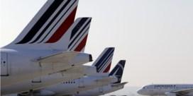 Stakingen op luchthavens  in Parijs en Amsterdam
