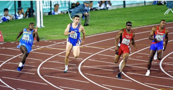 In de finale van de 200 meter op de Olympische Spelen in Atlanta viel Patrick Stevens erg op. Hij was de enige blanke atleet.