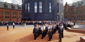'Ik ben Charleroi': meer dan 250 agenten brengen eerbetoon