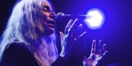 REVIEW. Patti Smith: bezwerend, brutaal en poëtisch