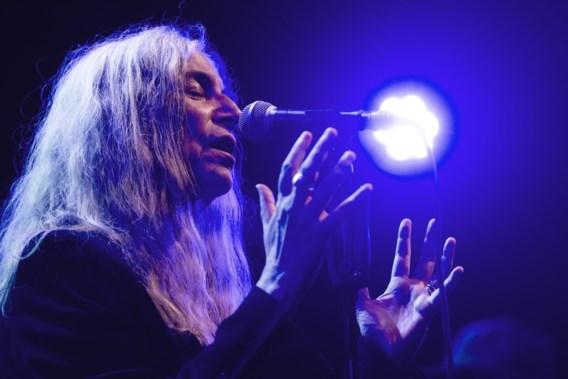 REVIEW. Patti Smith: bezwerend, brutaal en poëtisch