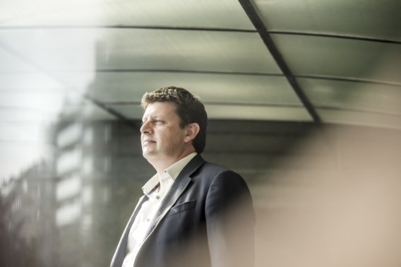 'Hallucinant voorstel Van Overtveldt zal gat slaan in begroting'