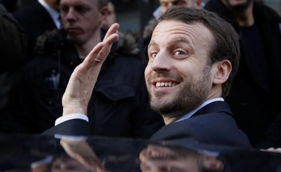Hoeveel van zijn populariteit zal er nog overblijven nu Emmanuel Macron minister af is?