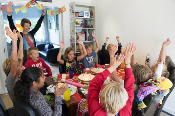 Dankzij 'feestdoos' kan élk jarig kind trakteren in de klas