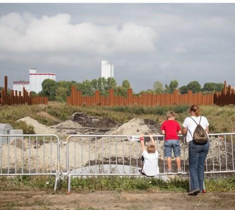 Als archeologen klaar zijn met hun werk, is er niet veel meer te zien dan een diepe put.
