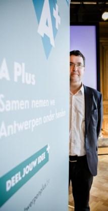 Wouter Van Besien stelt de karteldiscussie in Antwerpen de facto uit tot september 2017.
