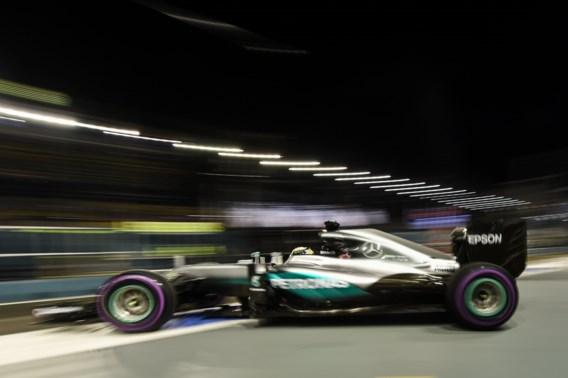 Rosberg snelste in Singapore, problemen voor Hamilton