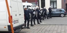 Politie zet waterkanon in tijdens betoging in Gent