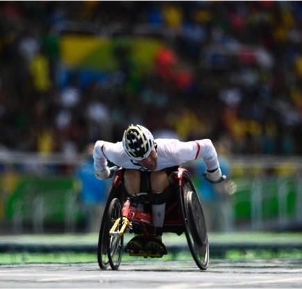 Nadat hij al goud had veroverd op de 100m, won Peter Genyn dit weekend ook de 400m rolstoelsprint.