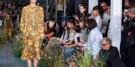 IN BEELD. Paul Smith zegt het met bloemen