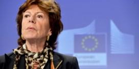 Ex-eurocommissaris Neelie Kroes duikt op in 'Bahama's Leaks'