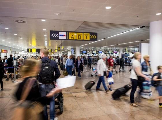 Passagiers komen nog steeds uren vooraf naar de luchthaven. Dat is meestal niet nodig, zegt Brussels Airport.