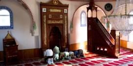Meer hoofddoek, minder moskee