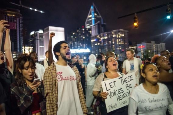 Avondklok in Charlotte op derde dag van manifestaties