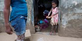 Nu al 877 doden geteld op Haïti