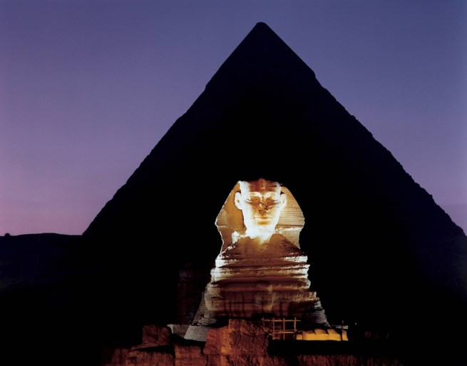 Deskundigen vermoeden twee geheime holtes in de piramide van Cheops