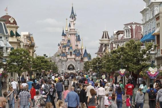 Disneyland zoekt 8.000 werknemers