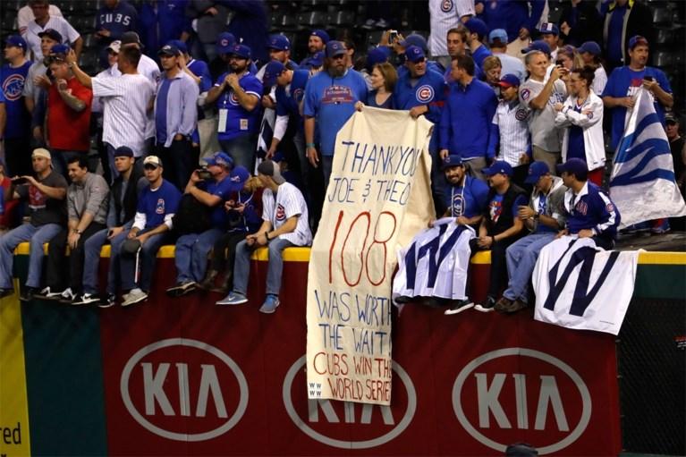 """Na 71 jaar doorbreken Chicago Cubs """"De Vloek van de Geit"""""""