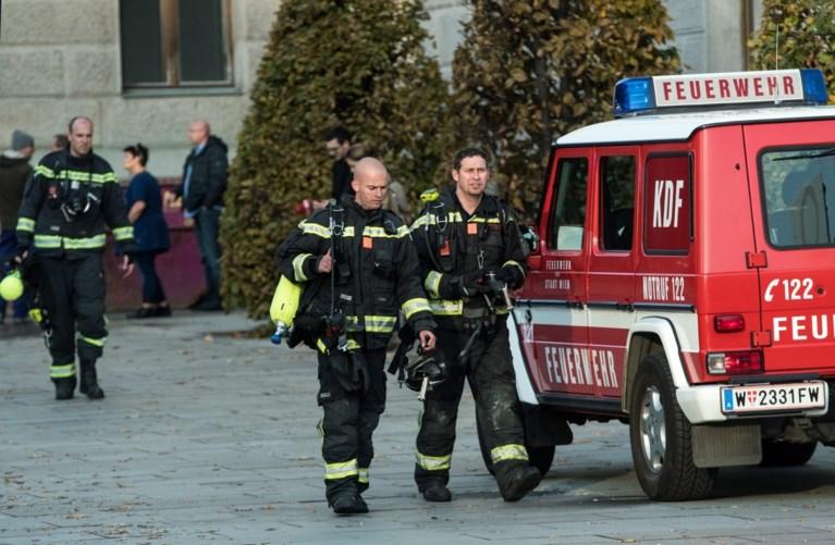 Brand aan dak Oostenrijks parlement