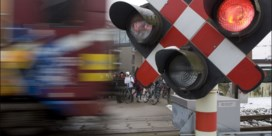 Regering legt kleine bonden bij spoor lam