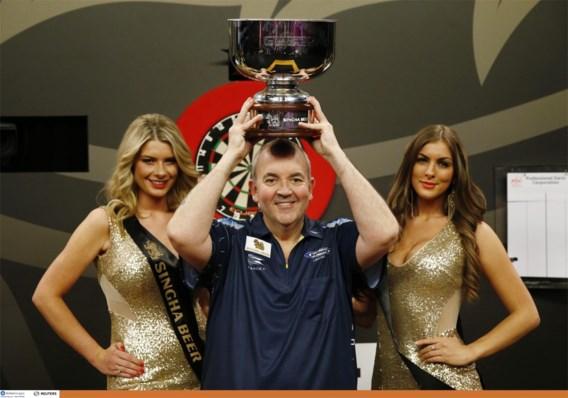 Dartslegende Phil Taylor stopt eind volgend jaar